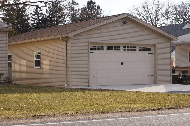 24' x 40' x 9' garage