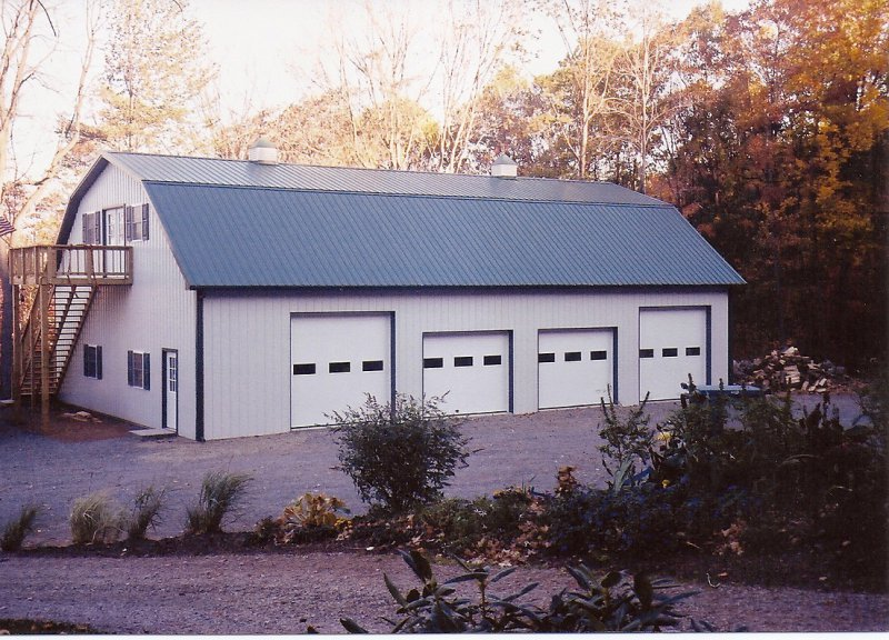 40' x 60' gambriel style garage with upper room